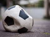 Overplaying the short game:  The dilemma modern marketing shares with modern soccer